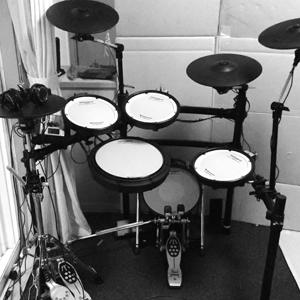 v_drums_01